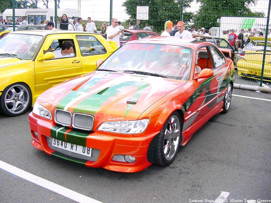 http://ultimatetuning.free.fr/tuning/photostuning/magnycourt2002/magny-cours_00585.jpg